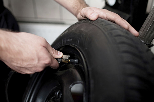 Tyre Fitting at Banwell Garage